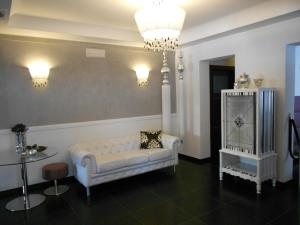 A seating area at Residence Hotel Le Viole