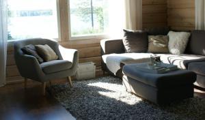 A seating area at Arctic Villa @ Norvajärvi
