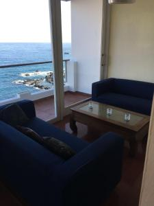 Zona de estar de Ocean Views. Flat 3 bedrooms.