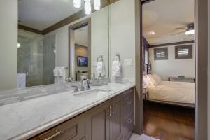 A bathroom at Ashby Place