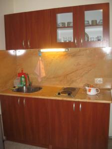מטבח או מטבחון ב-Apartment Chatalzdha