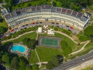 A bird's-eye view of The Osborne Apartments