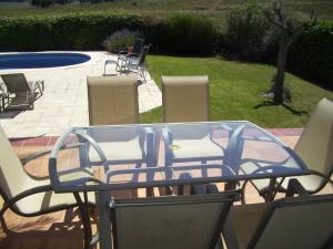 The swimming pool at or near Super Villa with private Pool and Garden - Pilans