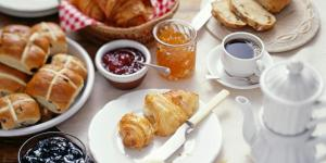 Breakfast options available to guests at Appartamento Piazzetta La Maddalena