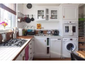 Cuisine ou kitchenette dans l'établissement Gorgeous Abbey Road Flat Sleeps 6