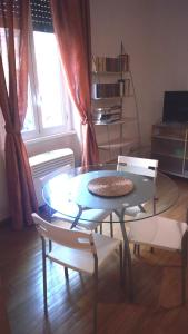 A seating area at Appartamento Roma (Piazza Bologna)