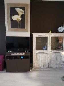 A television and/or entertainment center at Abxpress
