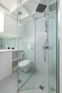 Phòng tắm tại Magnificent Loft - very central