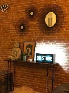 Televisyen dan/atau pusat hiburan di Piso nuevo zona sol