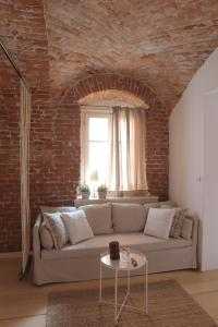 A seating area at Arc Apartment