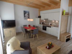 A kitchen or kitchenette at Naturparkferienwohnungen Wolf