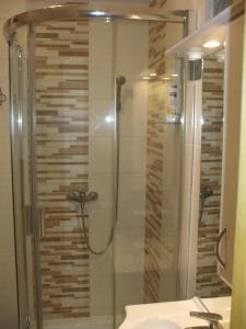 A bathroom at Anikó Apartman
