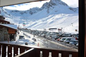 Chalet club III Tignes val claret during the winter
