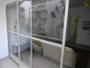 A bathroom at Apartamento 3 dorms para 7 pessoas Guarujá- Praia da Enseada