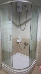 حمام في شقق لونا