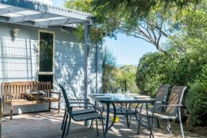 A porch or other outdoor area at Freycinet Panorama