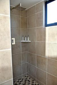 A bathroom at Gai Séjour