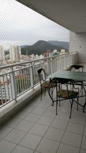 A balcony or terrace at Apto Vista Mar Com Lazer Total