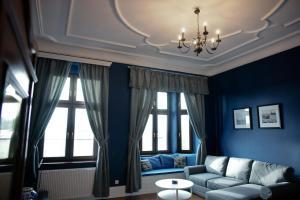 Część wypoczynkowa w obiekcie Wilhelmstadt Apartment - 90m