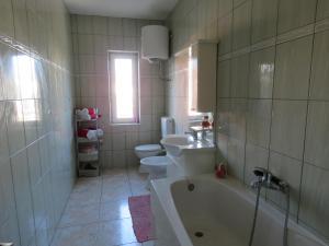 A bathroom at Carla Novalja