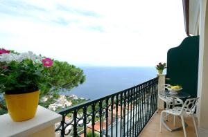 A balcony or terrace at La Dolce Vita Ravello