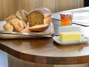 Breakfast options available to guests at Park House Cottage