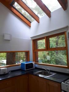 Una cocina o kitchenette en Beruchka Home