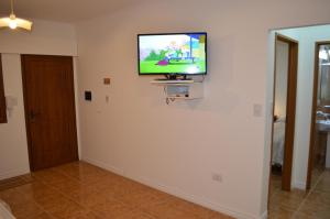Una televisión o centro de entretenimiento en Departamento Ciudad De Santa Rosa