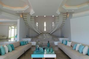 A seating area at Angra House