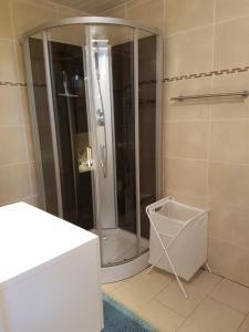"""Een badkamer bij """"meidoornhofje"""""""