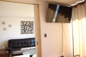 Una televisión o centro de entretenimiento en Nuevo Lastarria