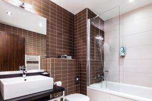 Salle de bains dans l'établissement Hipark by Adagio Serris Val d'Europe
