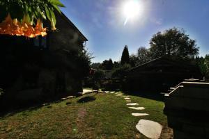 Een tuin van Casona de Lubre