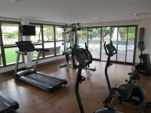 The fitness center and/or fitness facilities at Flat Recife Hotel & Convention
