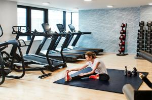 The fitness center and/or fitness facilities at CitySuites Aparthotel