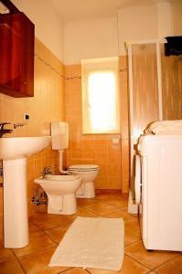 La Casa Giallaにあるバスルーム