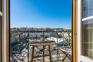 A balcony or terrace at Charming Apartments in the heart of Lisbon