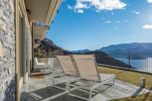 Ein Balkon oder eine Terrasse in der Unterkunft Apartments Rossini