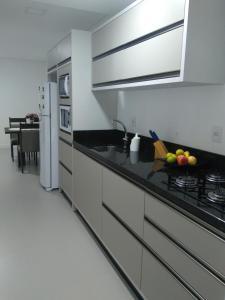 Una cocina o zona de cocina en Estrela Verde