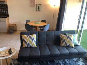 A seating area at Studio Kaoha Nui