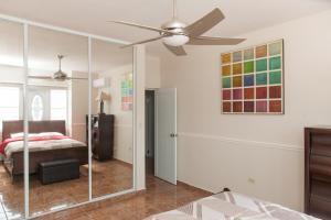 Lova arba lovos apgyvendinimo įstaigoje Big vacational house in Isabela / Aguadilla