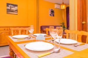Restauracja lub miejsce do jedzenia w obiekcie Espanatour Polska
