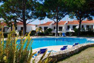 Kolam renang di atau dekat dengan 3 Bed Holiday Home Lakeside Village Quinta Do Lago