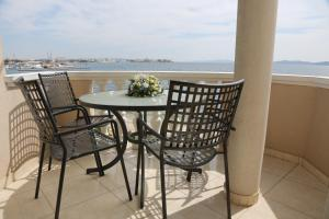 A balcony or terrace at Villa Punta