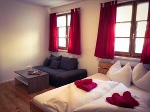 Ein Bett oder Betten in einem Zimmer der Unterkunft Bergblick