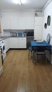 A kitchen or kitchenette at Shoreditch London