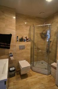Vonios kambarys apgyvendinimo įstaigoje Batumi Seaview Apartment