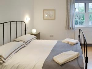 A bed or beds in a room at Bay View