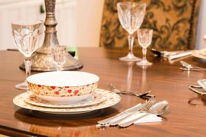 Restauracja lub miejsce do jedzenia w obiekcie Luxurious 3 Bed Apartment Ballsbridge area