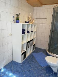 Ein Badezimmer in der Unterkunft Apartment Mona